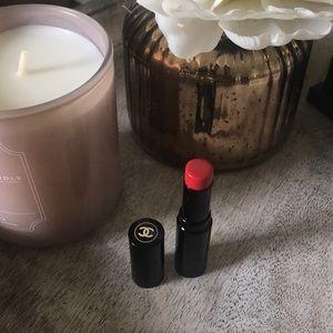 Chanel healthy glow lip balm